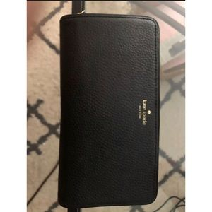 Kate Spade Black Pebbled Wallet